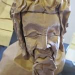 Buste af Mark Leonard